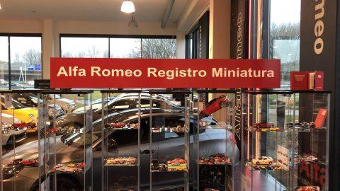 Afbeelding voor Alfa Romeo Registro Miniatura - Exclusief bij Zeeuw Automotive