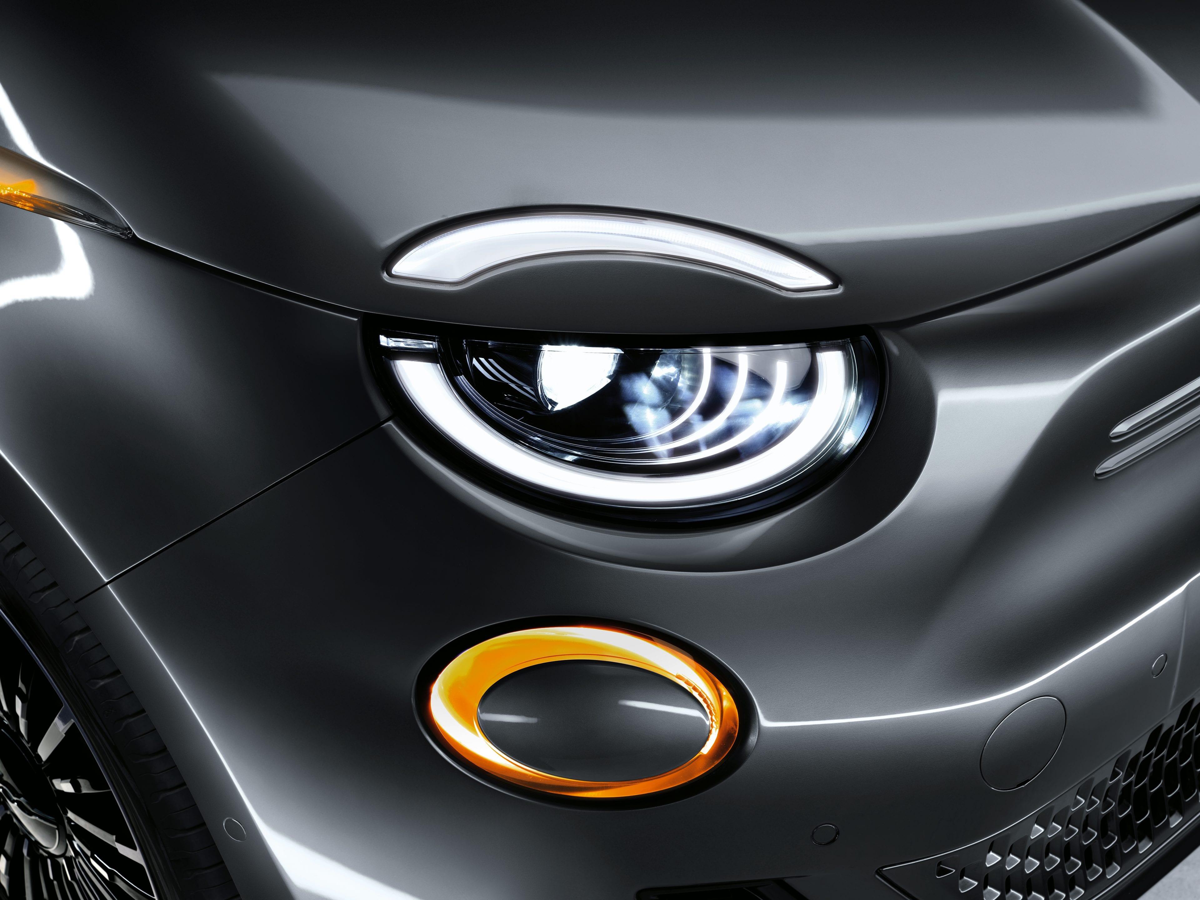 New Fiat 500e - richting aangever