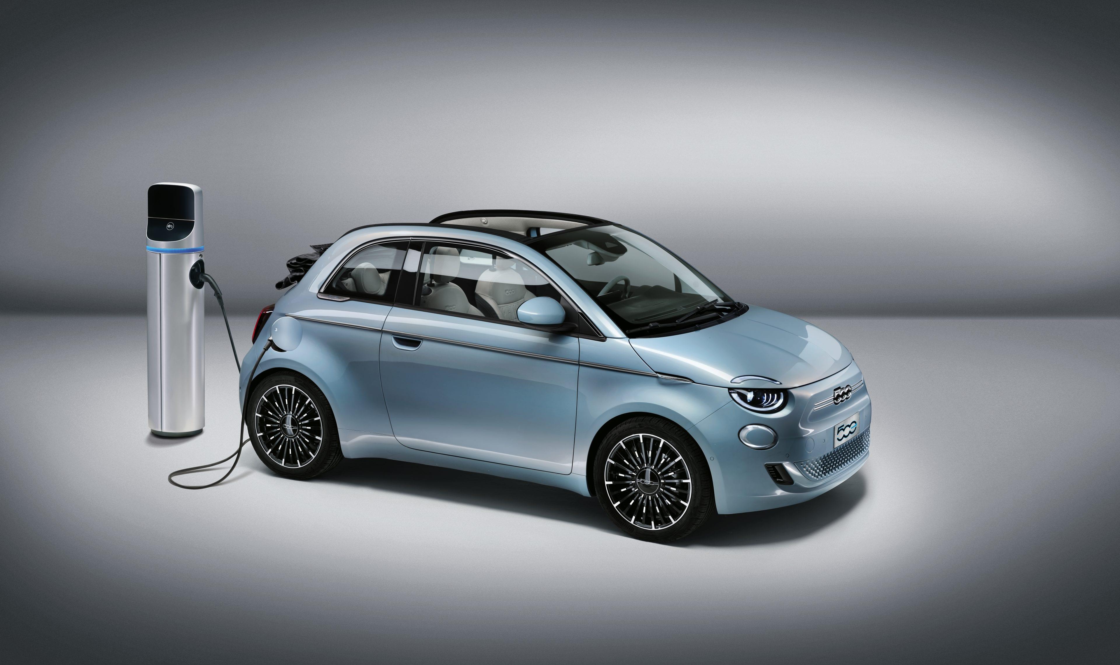 New Fiat 500e - Voorkant - Celestial Blue