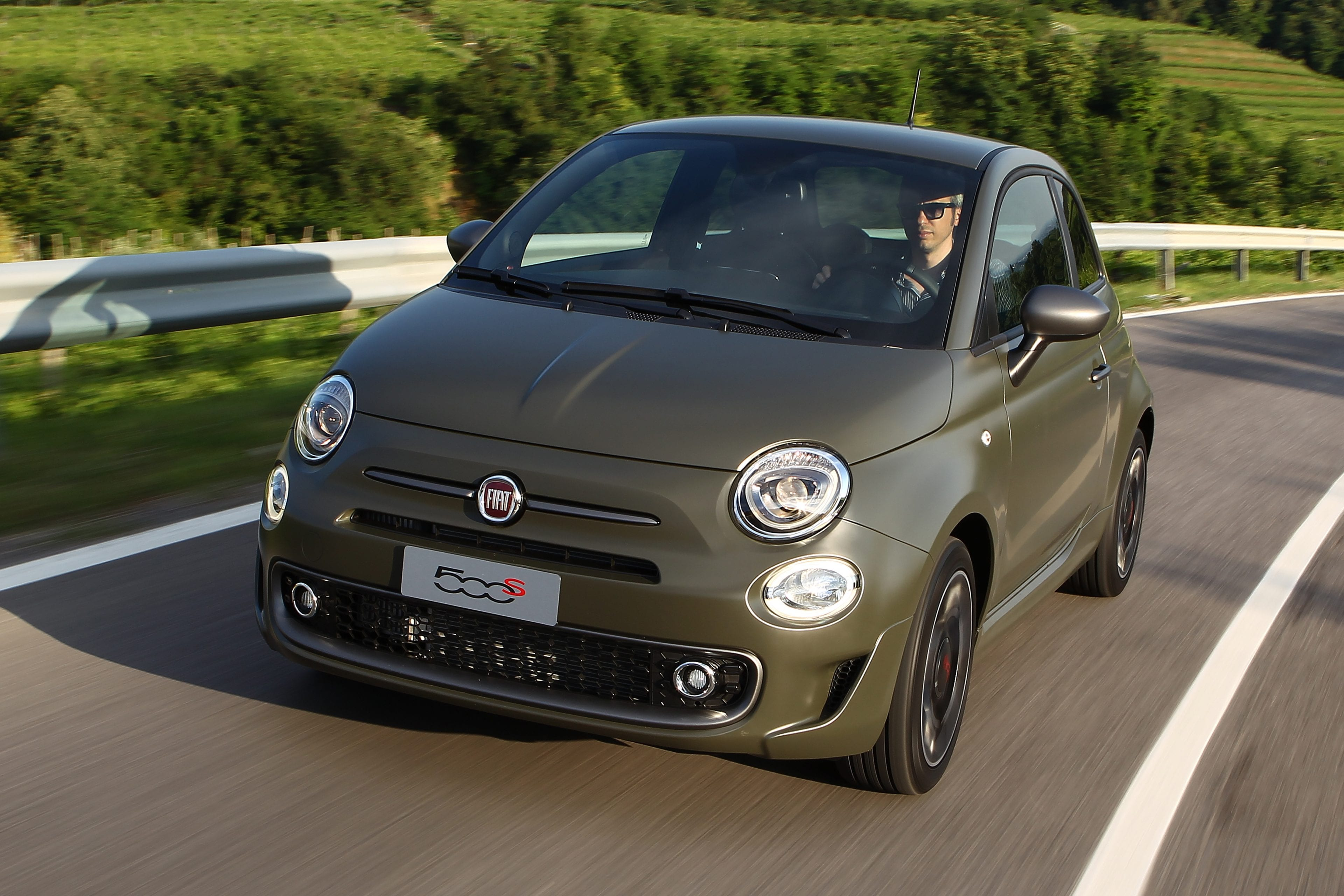 Fiat 500 legergroen