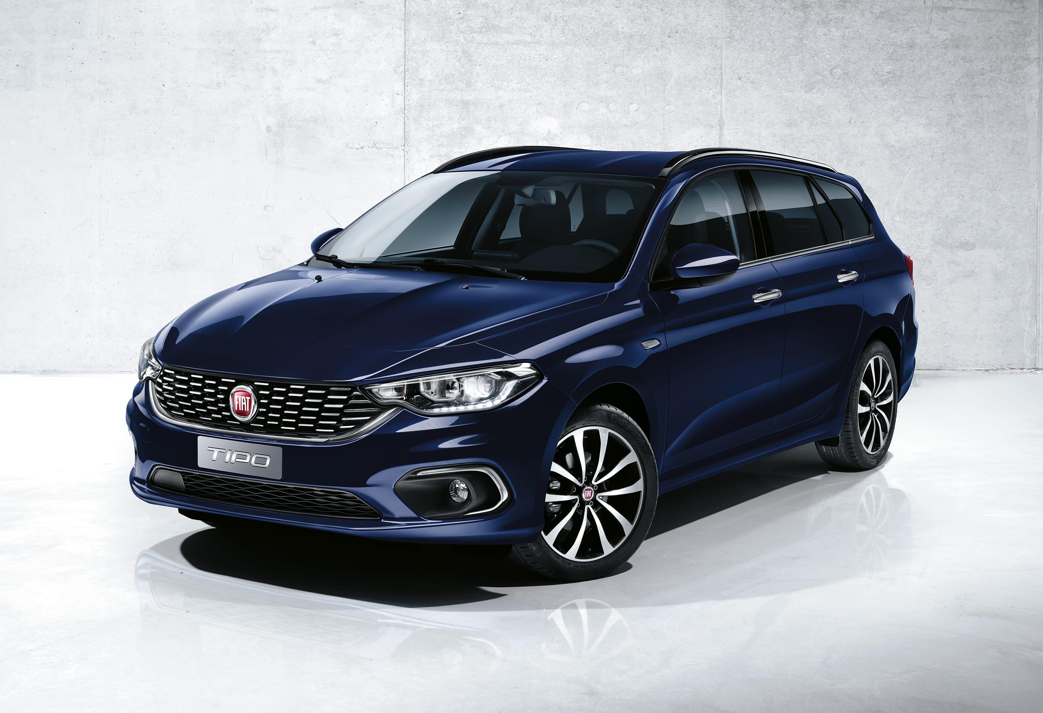 Fiat Tipo Stationwagen blauw