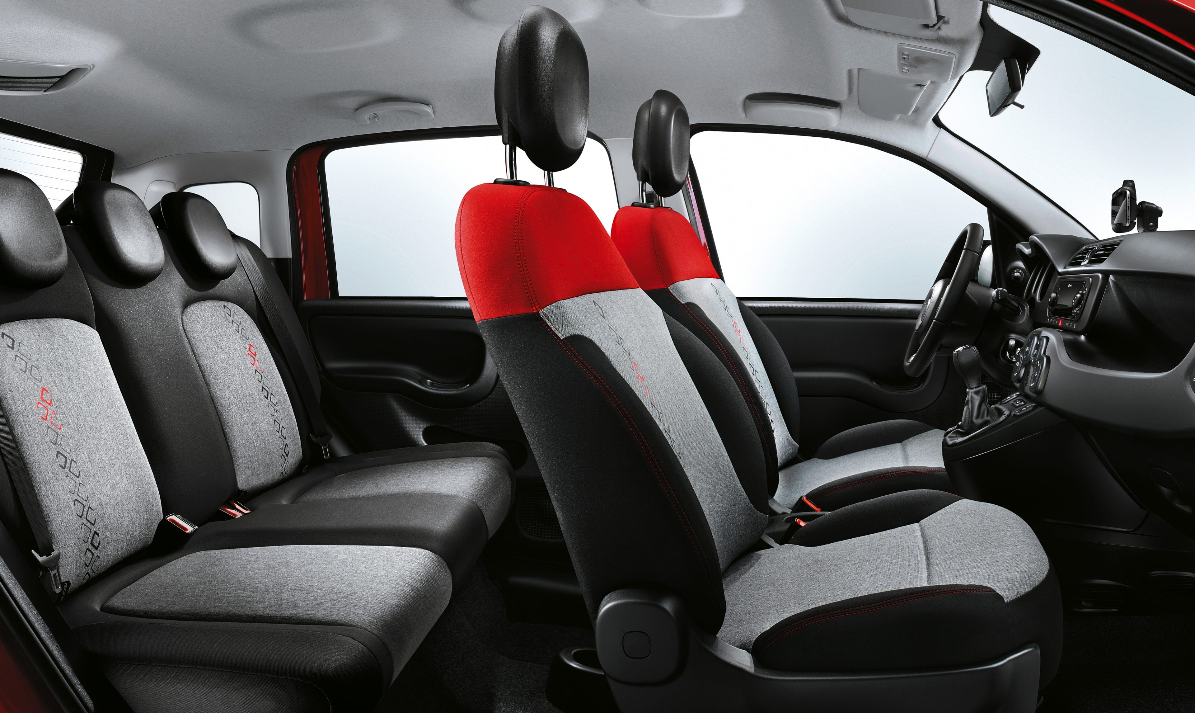 Fiat_Panda interieur grijs-rood