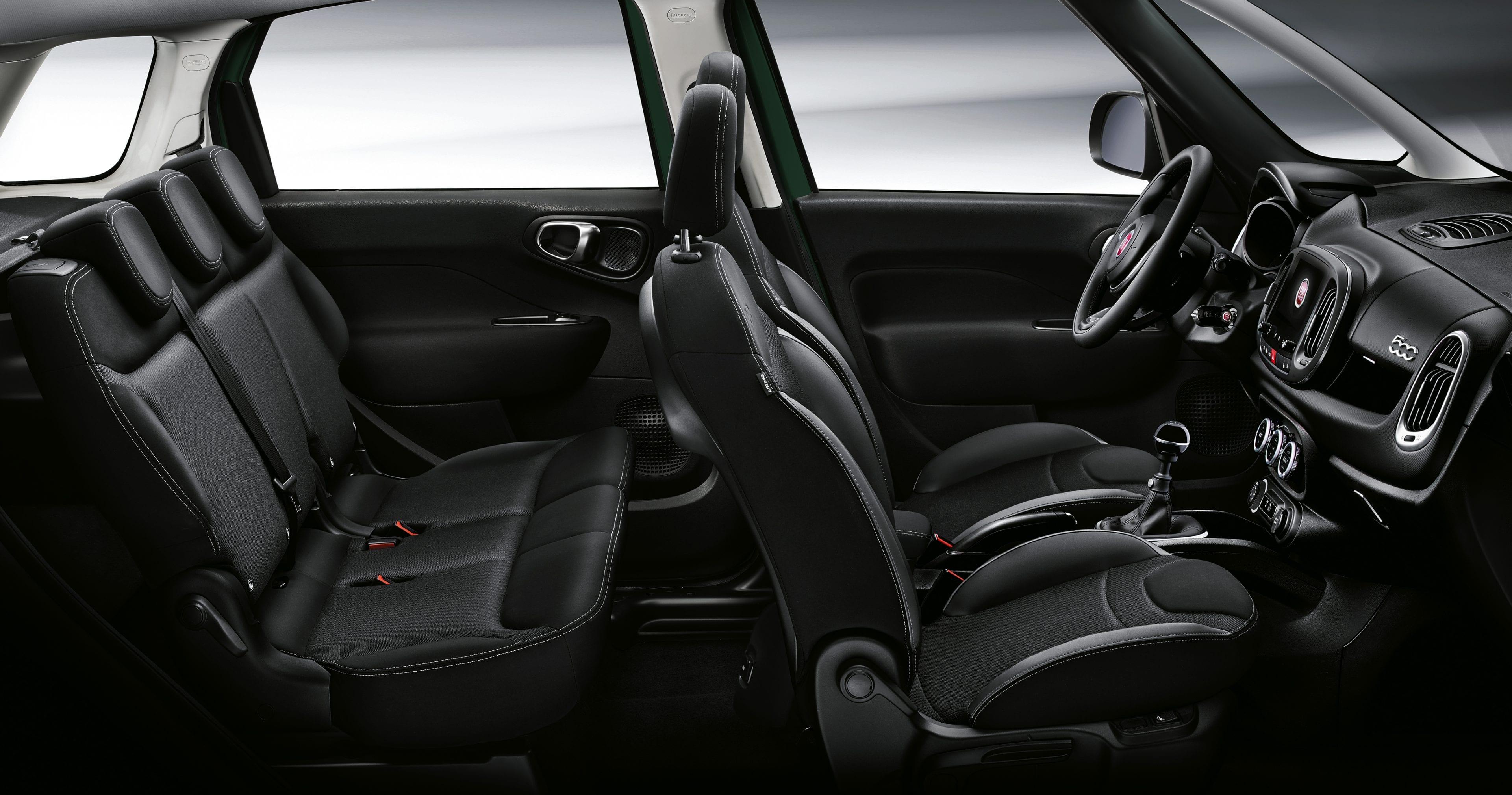 Fiat 500L interieur donker