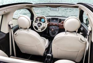 Fiat 500C riva bovenaf