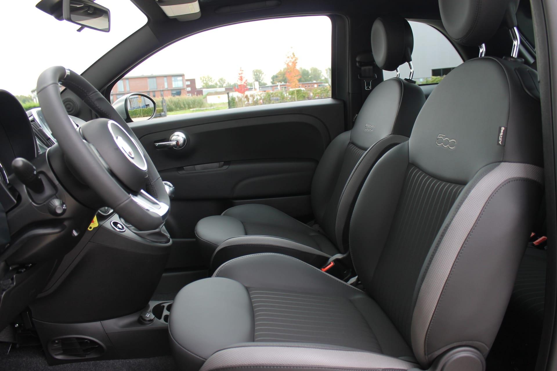 Fiat 500 Rockstar matgroen - interieur