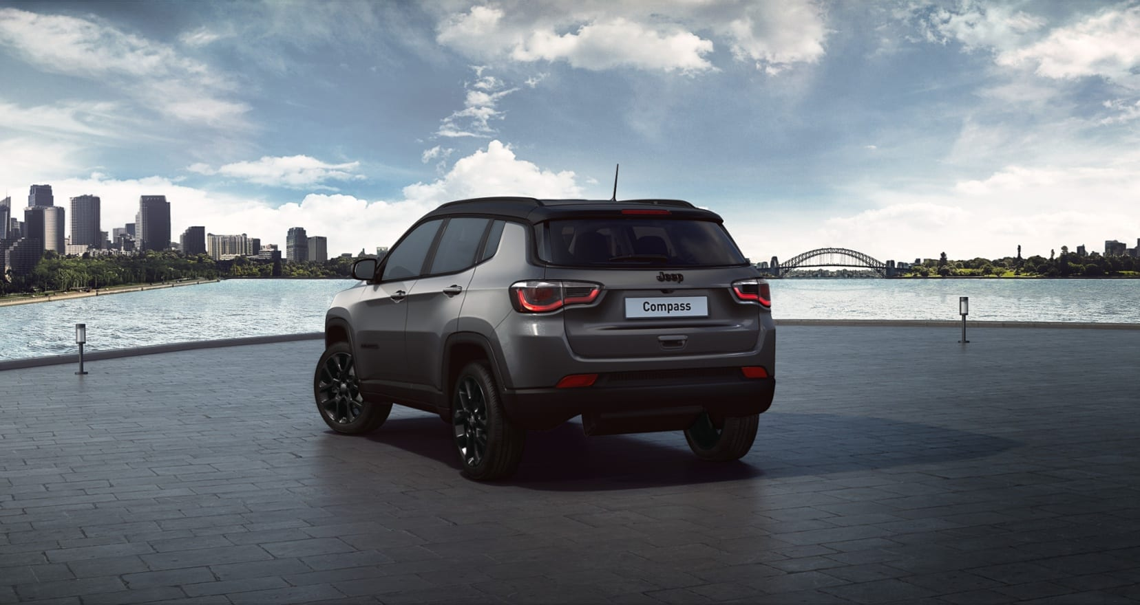 Jeep Compass Night Eagle Liberty Edition - achterkant