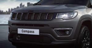 Jeep Compass Night Eagle Liberty Edition - close up voorkant