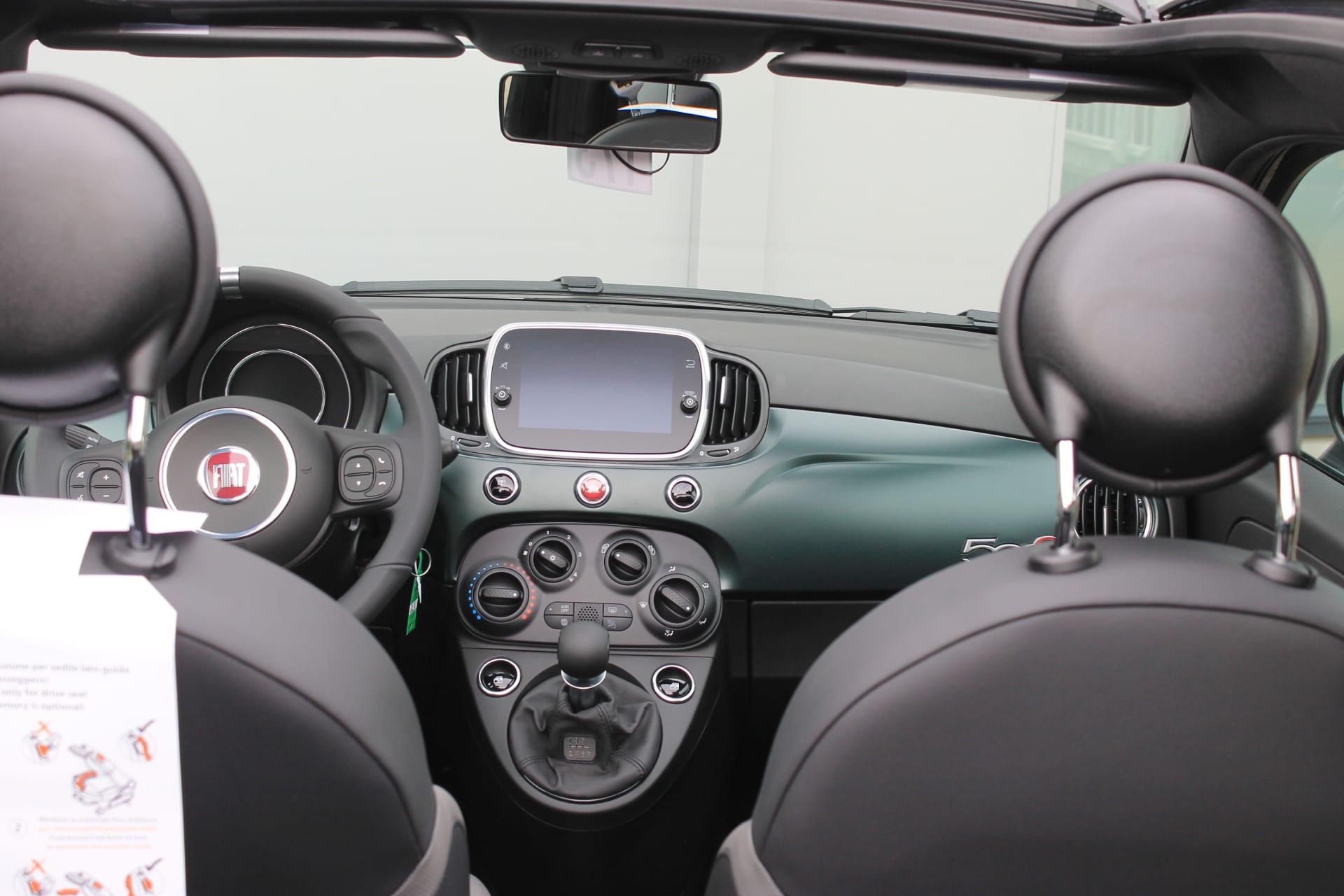Fiat 500C Hybrid Rockstar zwart - bovenaf interieur