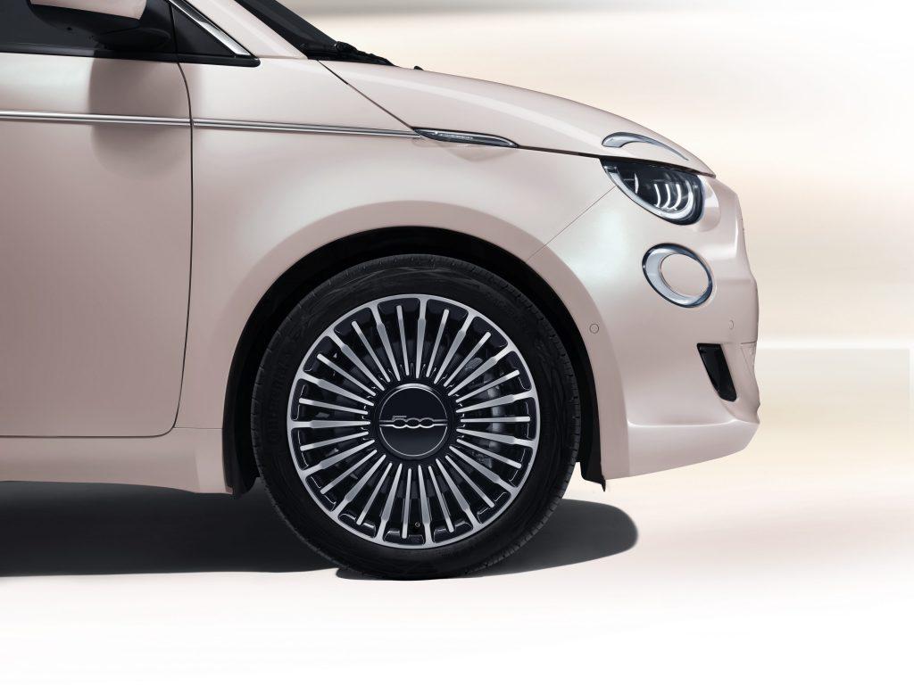 Mopar - New 500 16'' wheel fashion brass