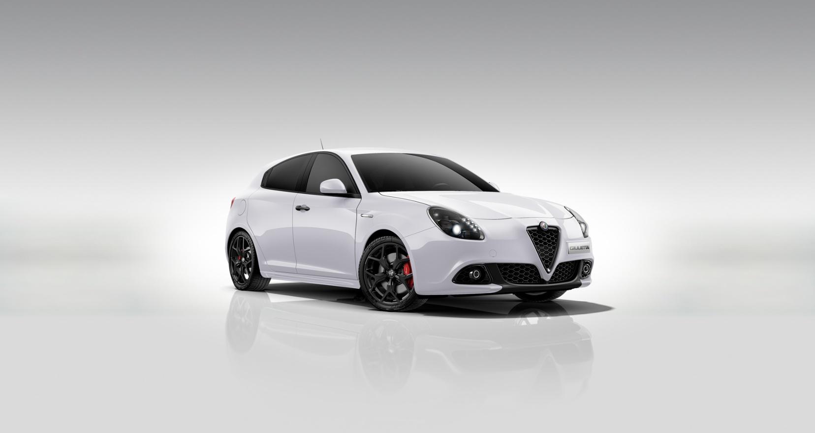 Alfa Romeo Giulietta Sprint wit - Schuin vooraanzicht