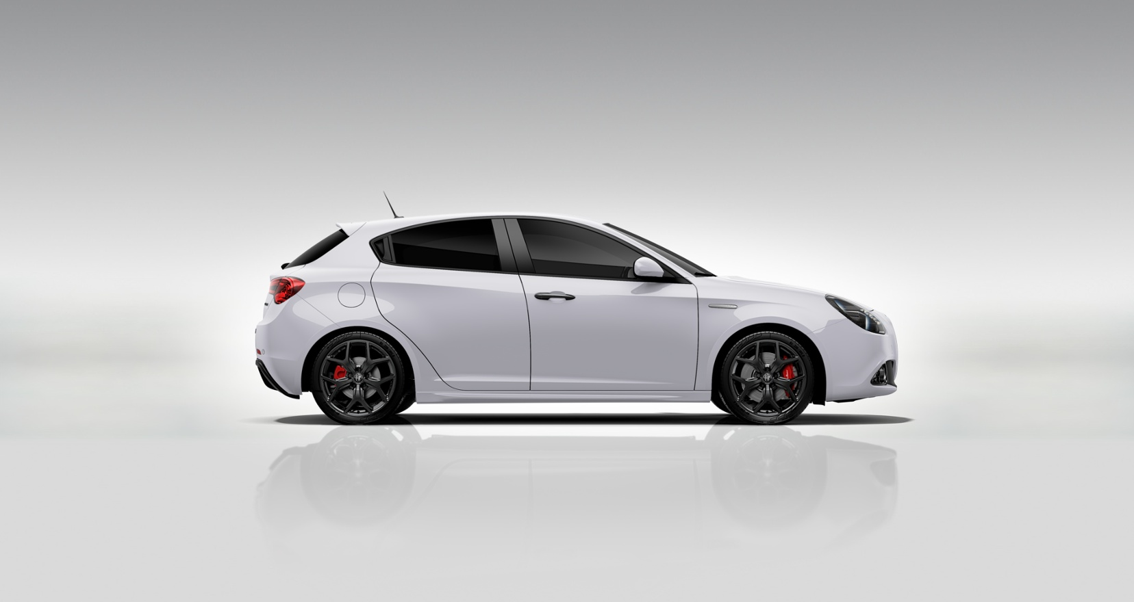Alfa Romeo Giulietta Sprint wit - zijkant