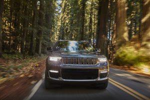 New Jeep Grand Cherokee L 2021 - voorkant rijdend