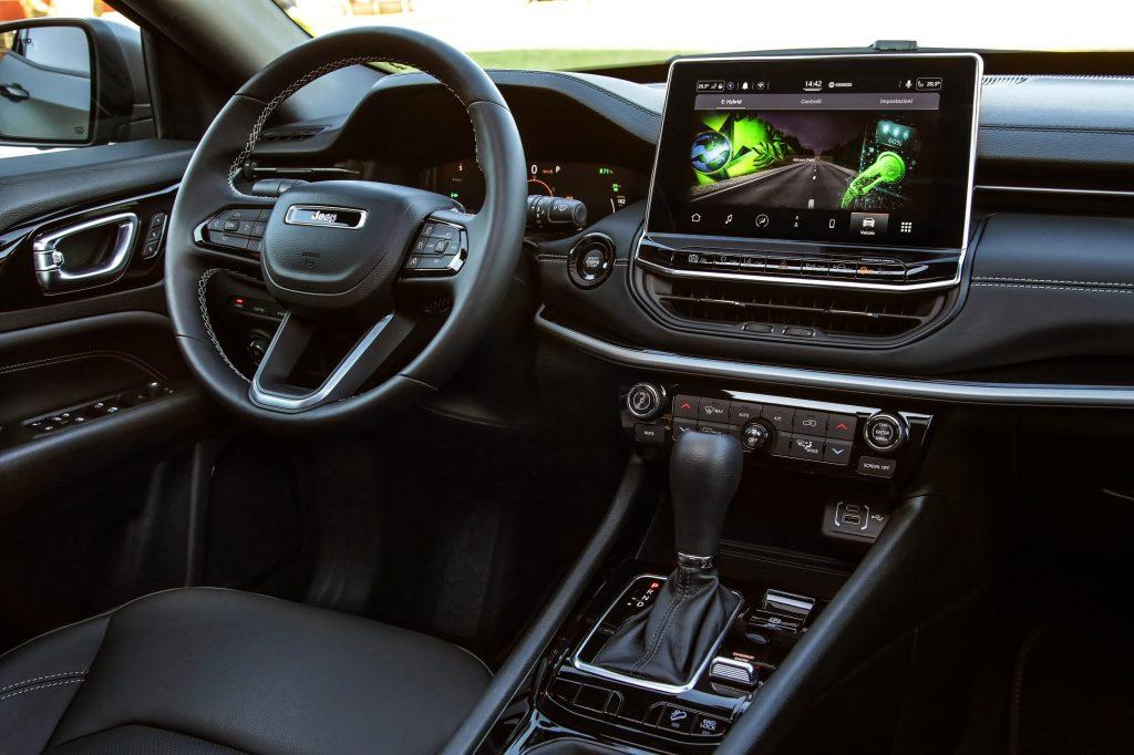 jeep new compass interieur - 80 jarige verjaardag