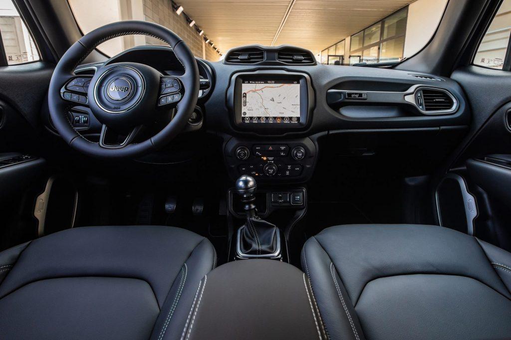 jeep renegade interieur - 80 jarige verjaardag