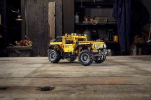 Lego Technic - Jeep Wrangler Rubicon 8