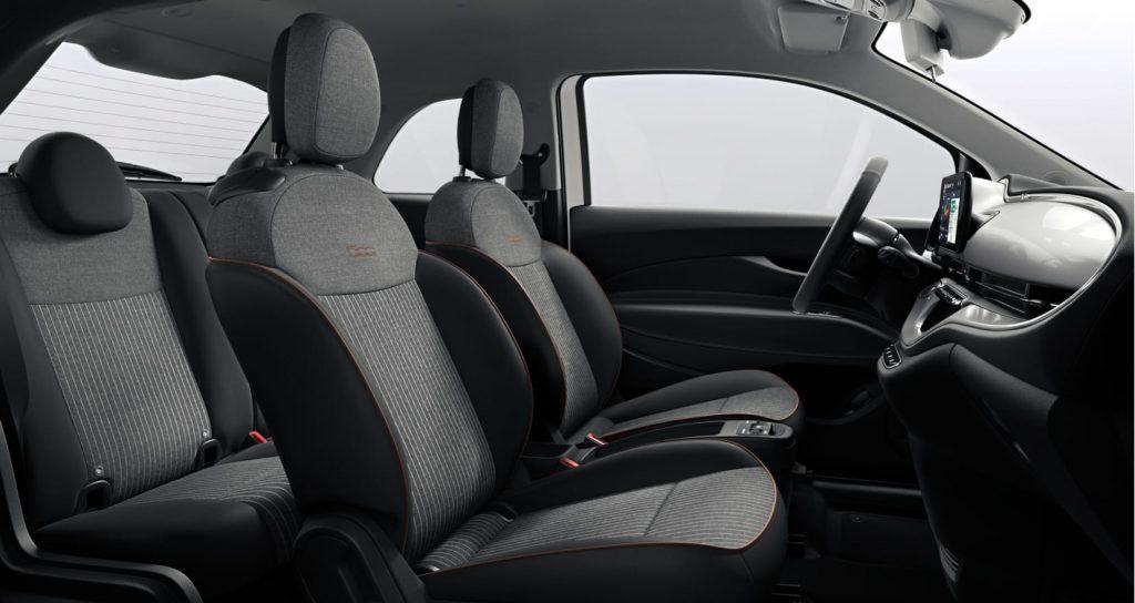 Fiat 500e wit - interieur 2