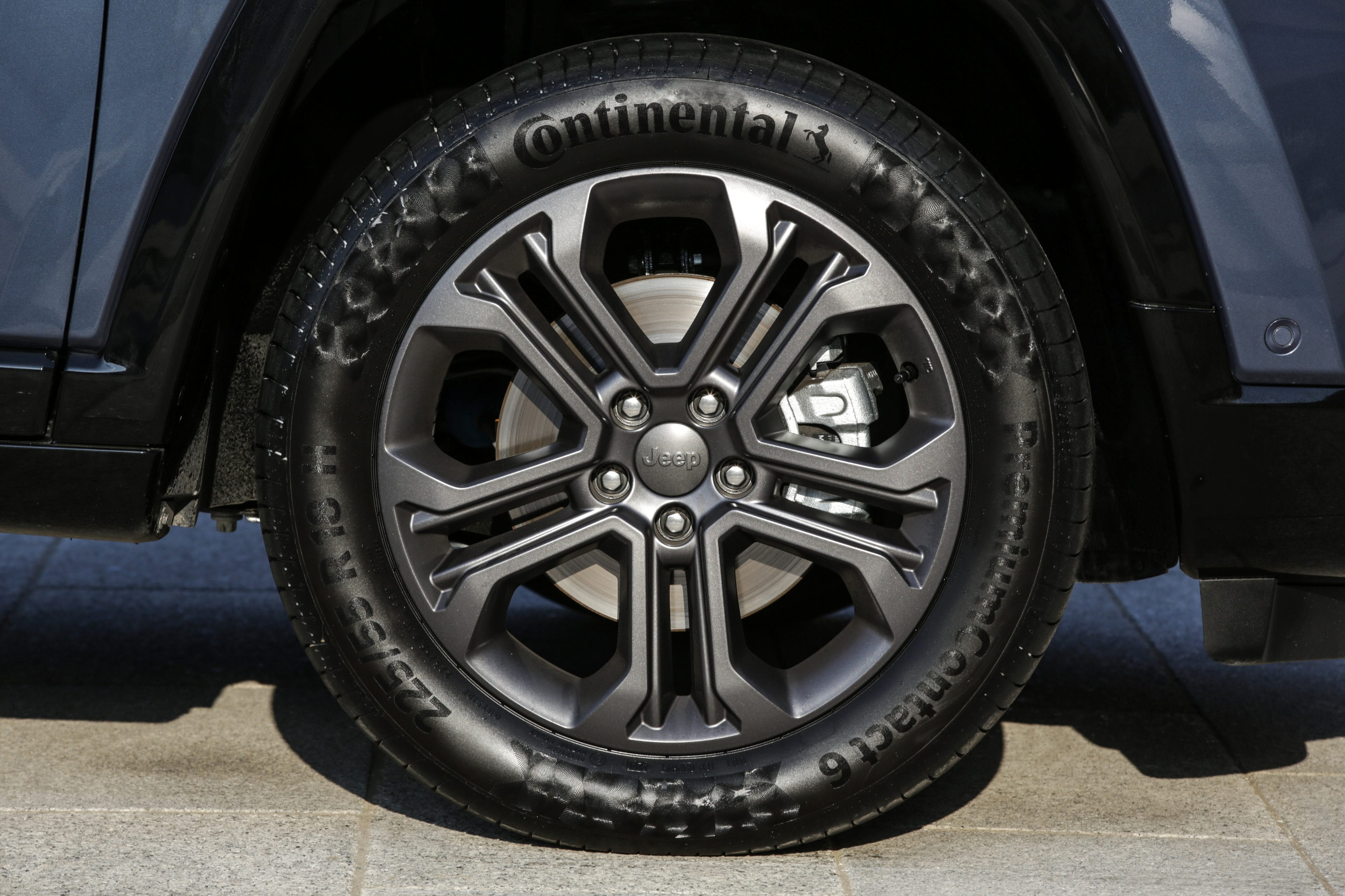New Jeep Compass 80th Anniversary - close up velg