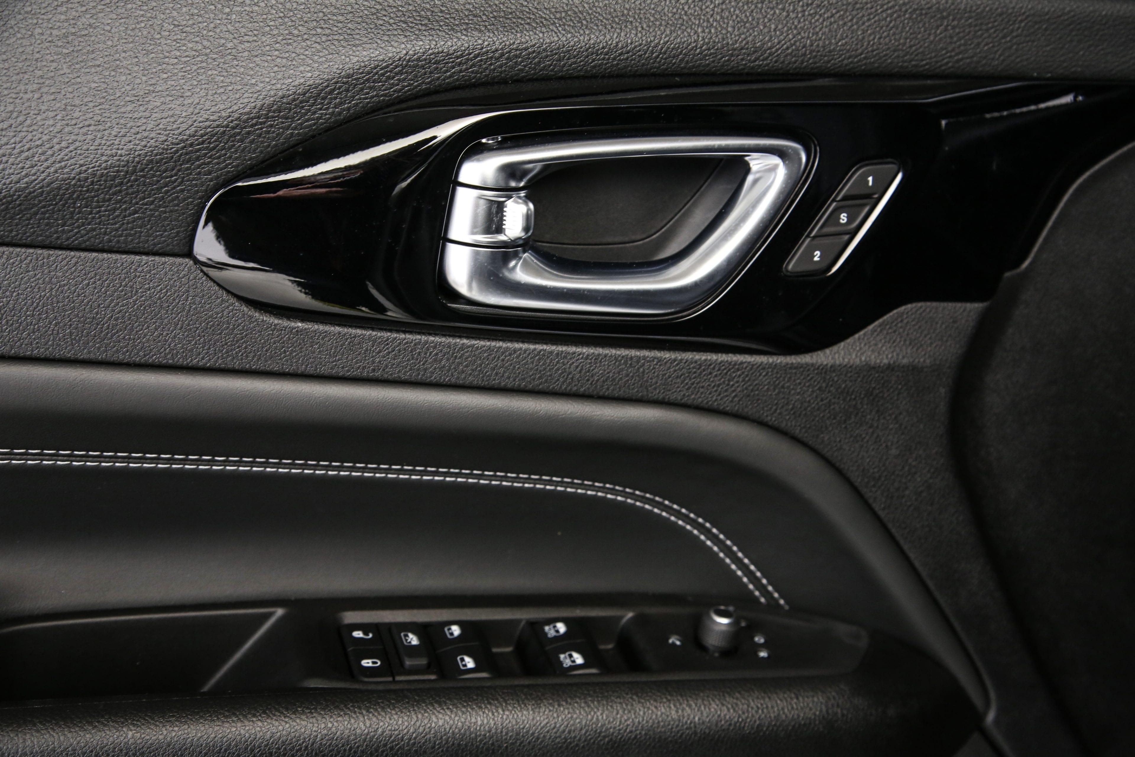 New Jeep Compass - detail binnenkant deur