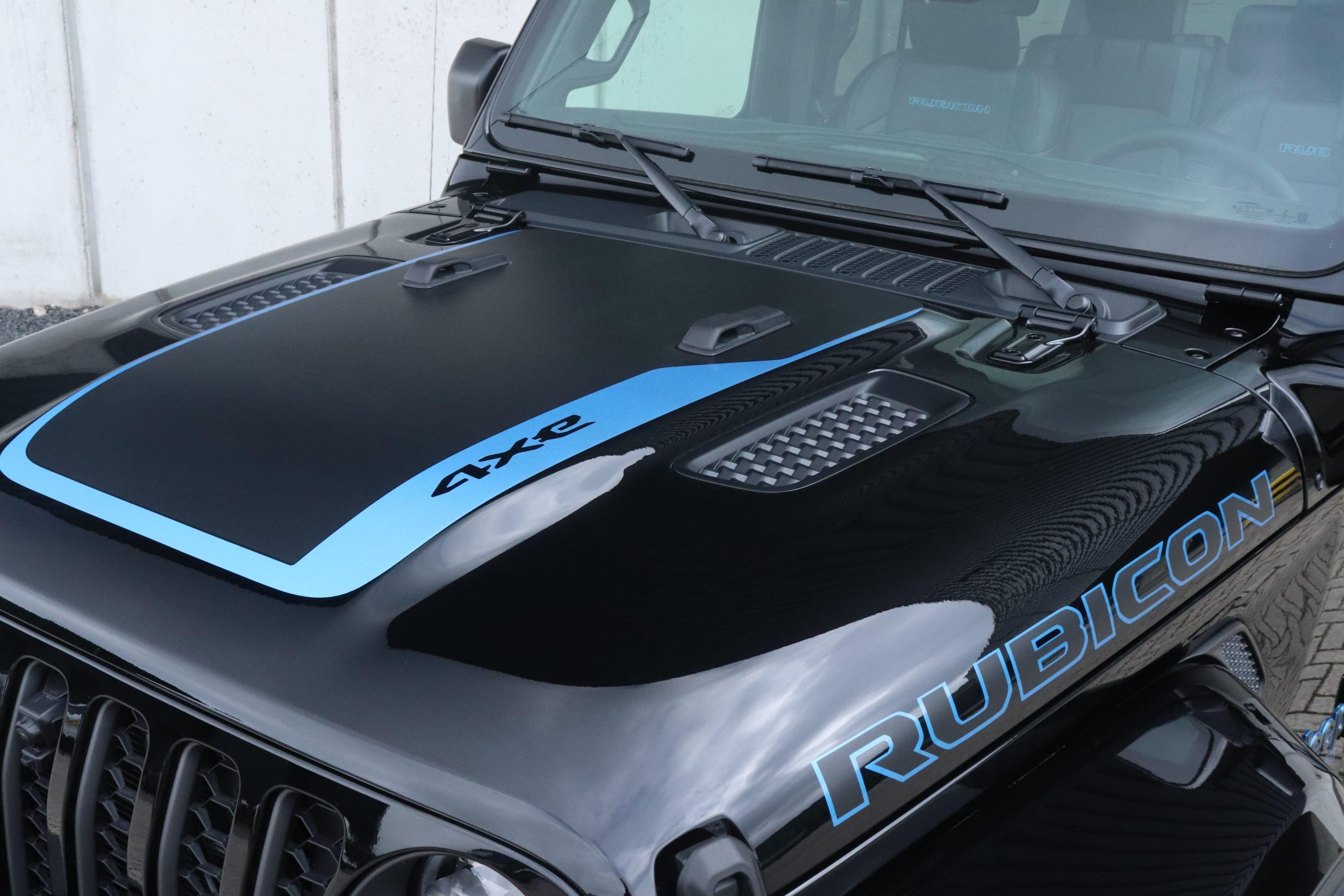Jeep Wrangler Rubicon 4xe - detail motorkap