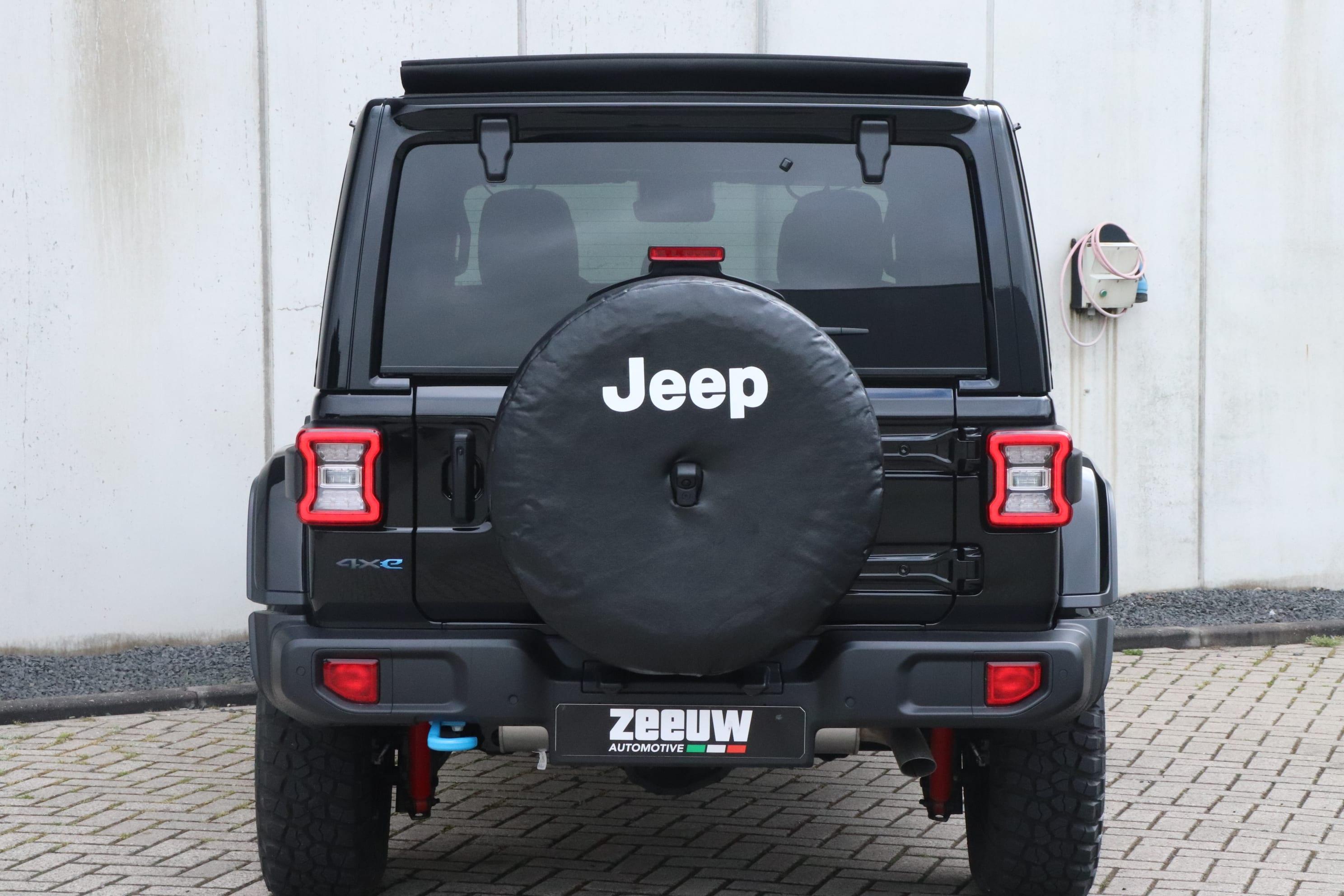 Jeep Wrangler Rubicon 4xe - achterkant