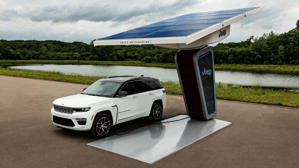 New Grand Cherokee PHEV Charging