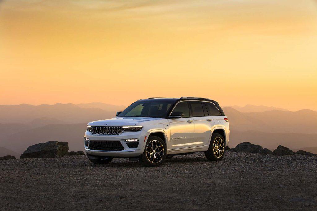 All-new 2022 Jeep® Grand Cherokee Summit Reserve - bergen
